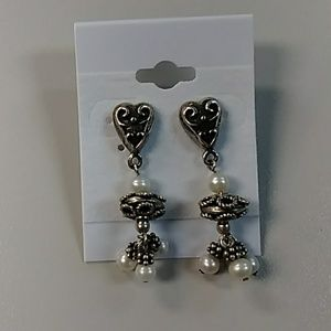 Brighton hearts and pearls earrings